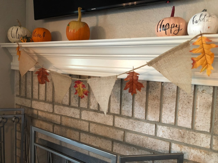 Fall DIY no.1. Festive Burlap LeafBanner