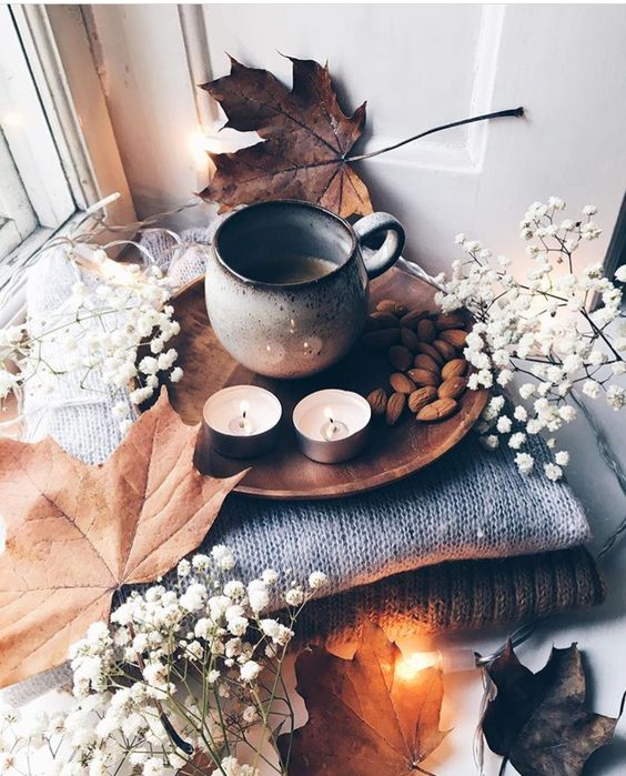Happy first day of fall!🍂🍁☁️🥞☕️ ( fall playlist, life update, and more)