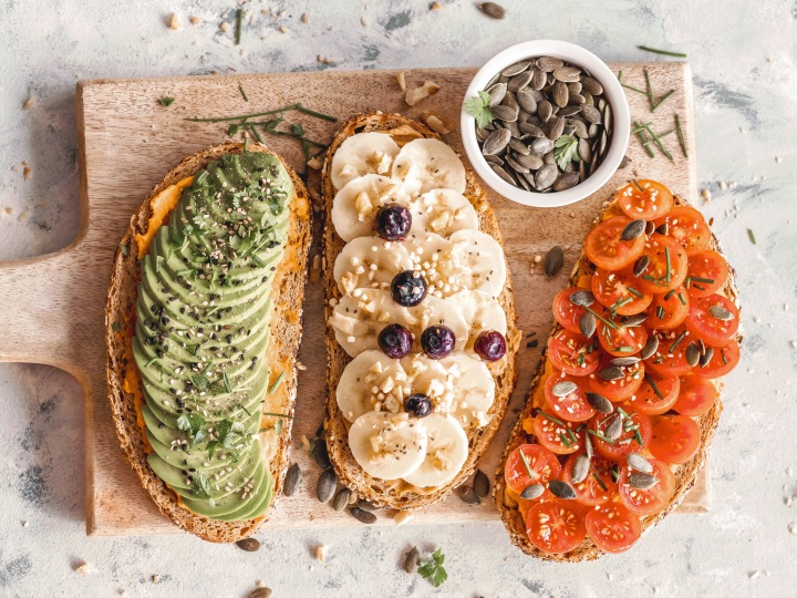 Simple + Delicious Ways to Get More Fruits + Veggies Into YourDay
